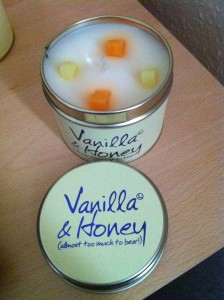 Lily-Flame's Vanilla & Honey Candle Review