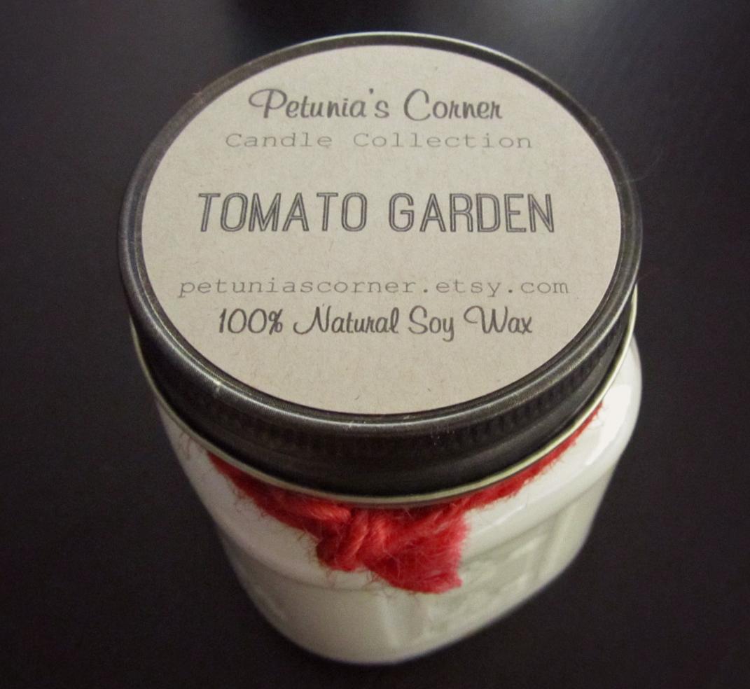 Petunia's Corner Tomato Garden Candle 1