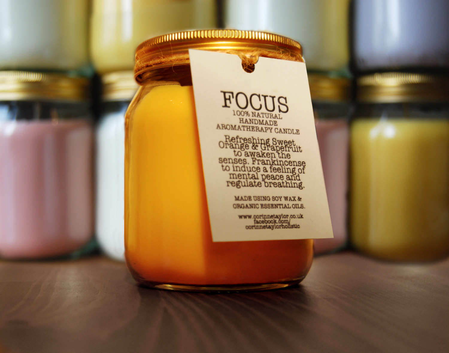 FOCUS Natural Soy Aromatherapy Candle with Frankincense, Grapefruit and Sweet Orange Essential Oils. 380g. 70 hour burn time.
