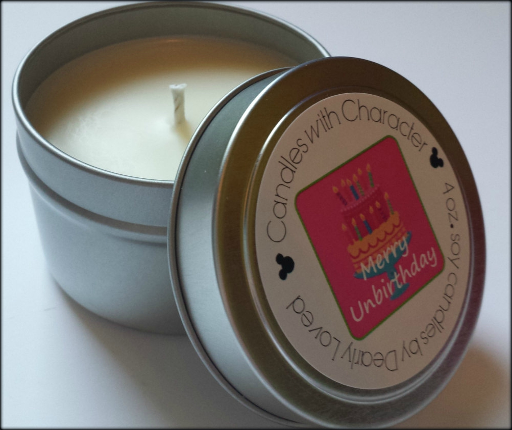 CANDLES WITH CHARACTER - Merry Unbirthday (Scents of Fantasyland)