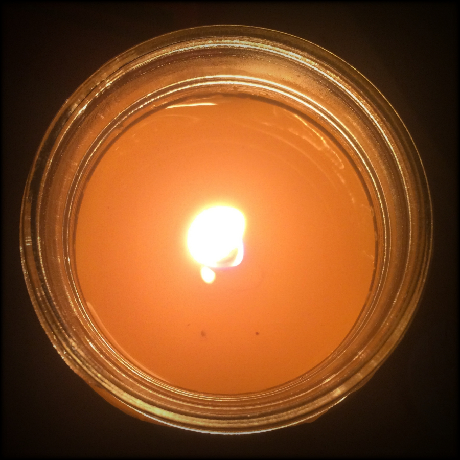Zax Beeswax Citronella Mason Jar Candle Review