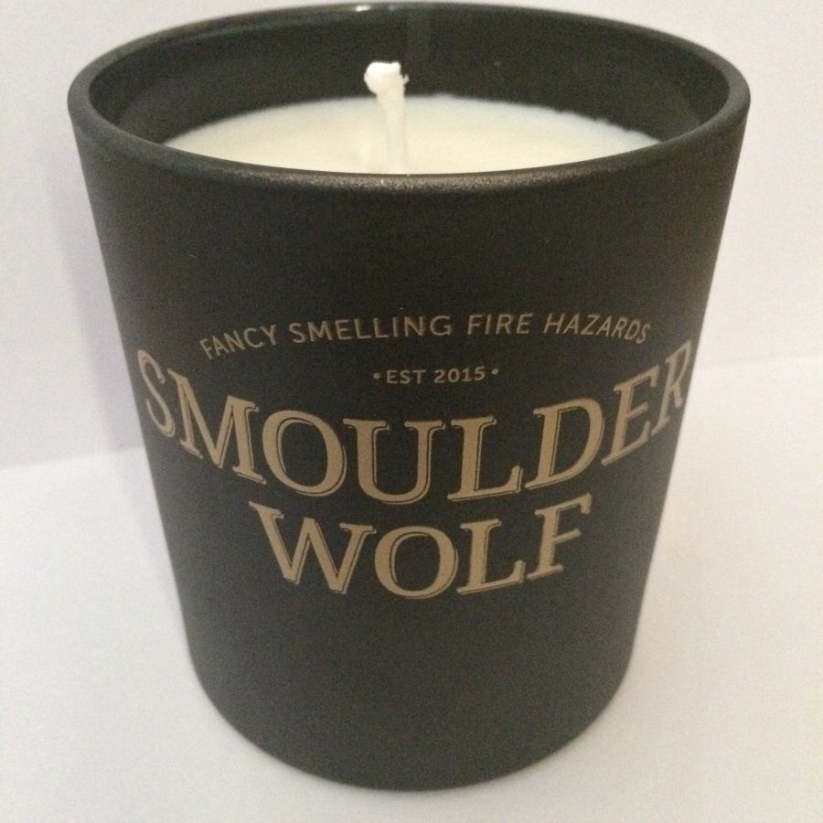 Smoulder Wolf Bourbon Candle Review 2