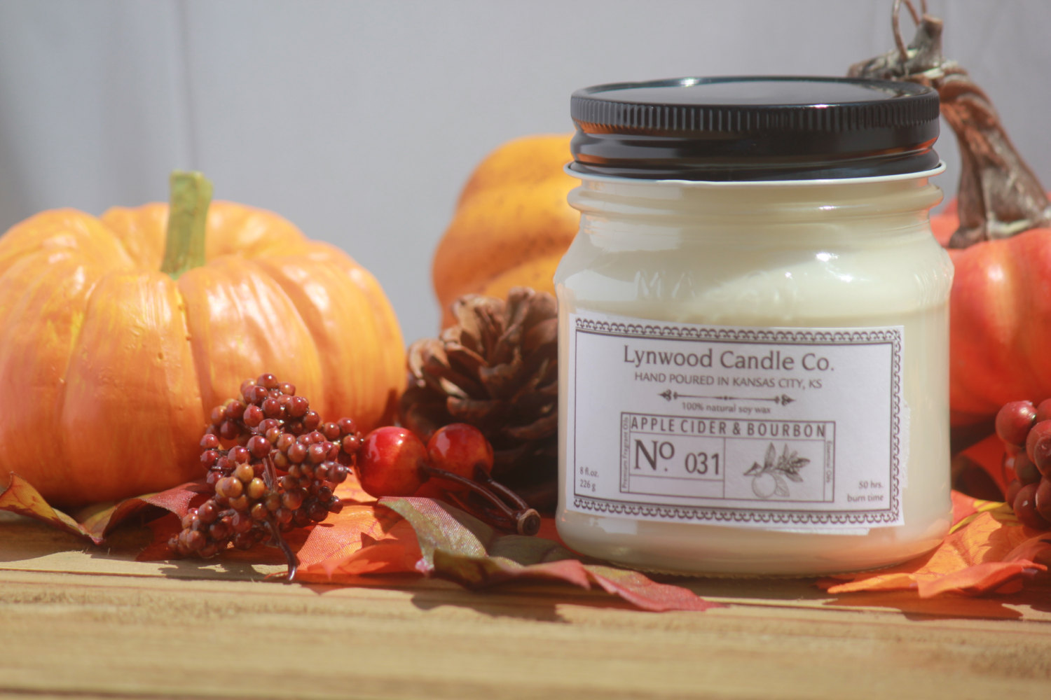 apple-cider-bourbon-by-lynwood-candle-company